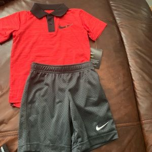 Nike outfit NWT